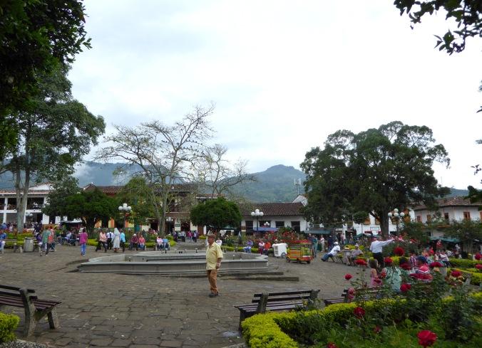 Jard n kaffee trinken in den anden global journey home for Fiestas jardin antioquia 2016