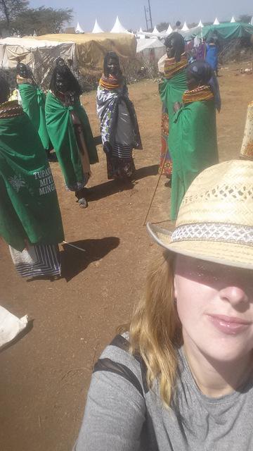 ich_Turkana_Frauen